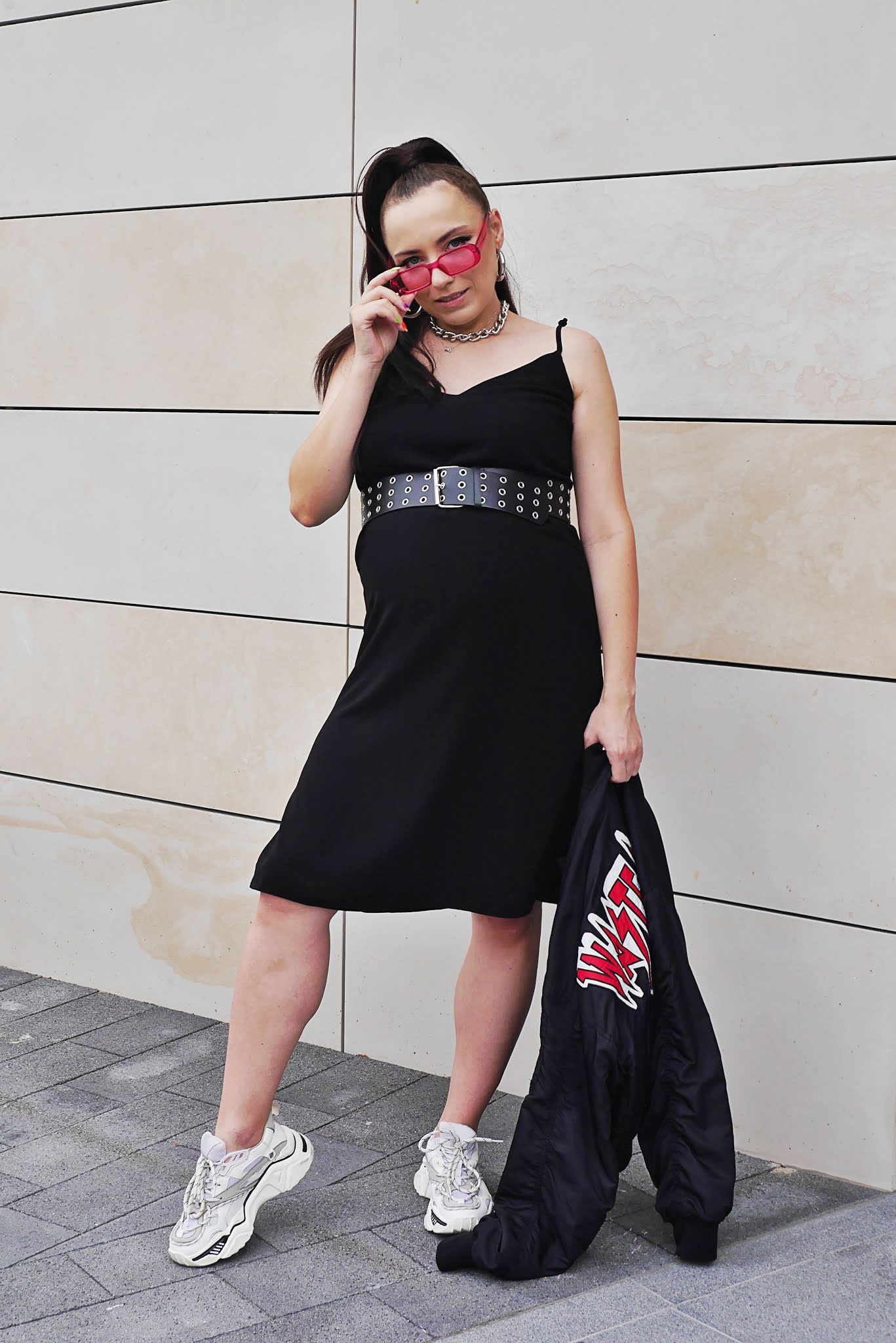 fashion blogger pregnat style preggo look outfit ootd black dress pink sunglasses bikbok bomber jacket waste no time white ugly shoes ccc