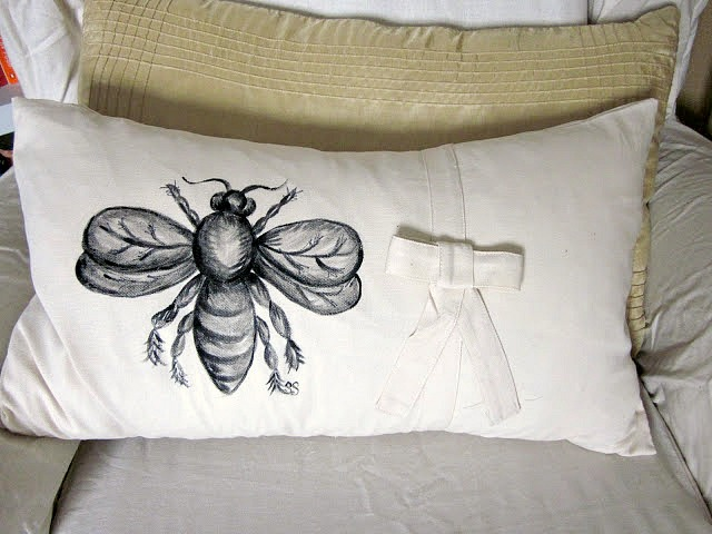 hand painted bee designed pillow