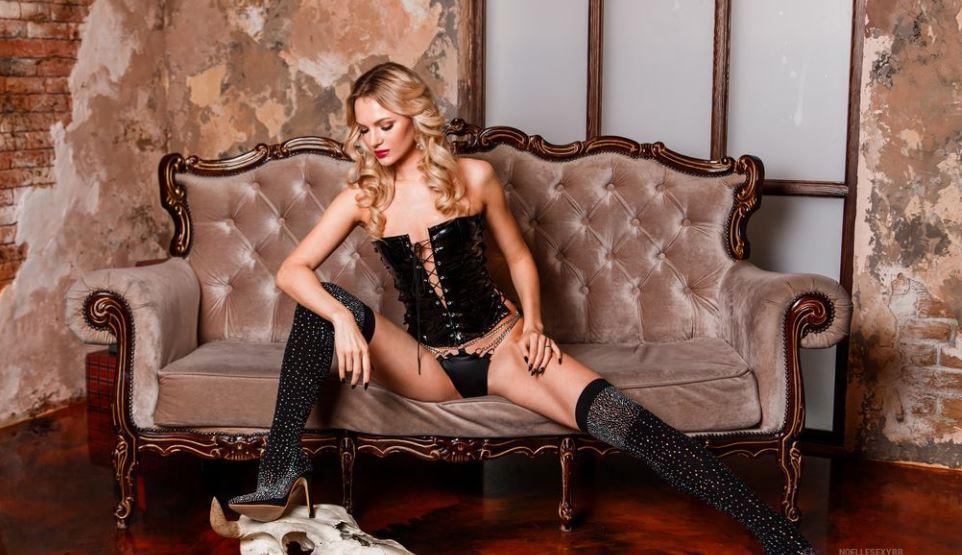 NoelleCaleana Model GlamourCams