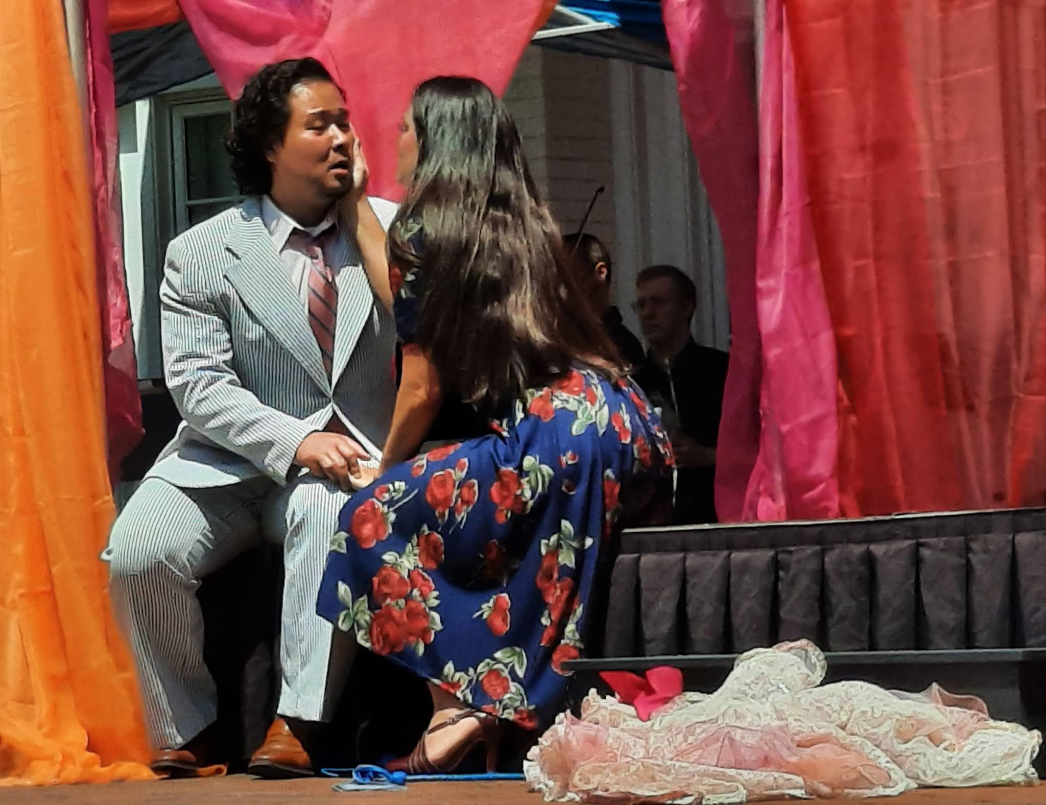 IN REVIEW: baritone SUCHAN KIM as Silvio (left) and soprano CATALINA CUERVO as Nedda (right) in Opera in Williamsburg's production of Ruggero Leoncavallo's PAGLIACCI, 6 June 2021 [Photograph © by Joseph Newsome]