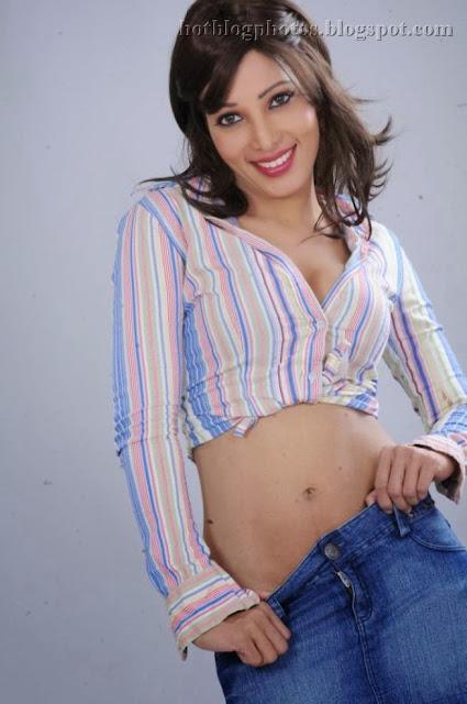 Services south delhi escort service 09899247912 south delhi call girl service - 4 9