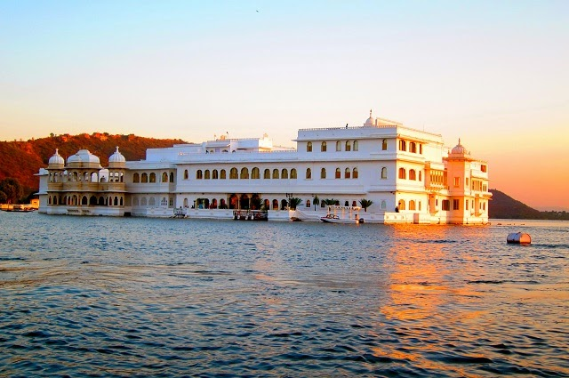 Taj Lake Palace in Udaipur  IMAGES, GIF, ANIMATED GIF, WALLPAPER, STICKER FOR WHATSAPP & FACEBOOK