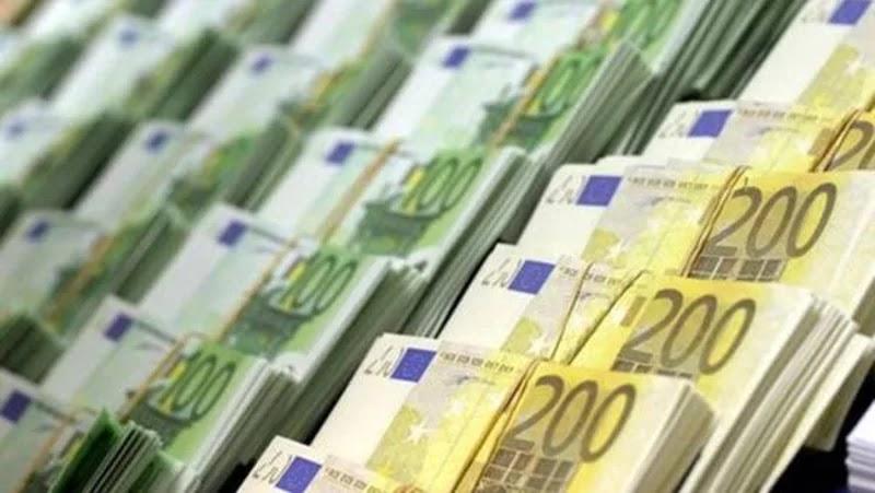 شركة بلجيكية تحول 14 مليون جنيه لشاب مصري بالخطأ والأخير يفاجئ الجميع