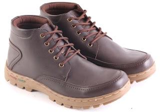 Sepatu Boots Pria Model Touring  L 149