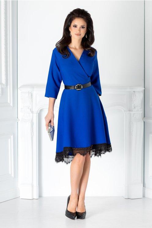 Rochie albastra eleganta  Decolteu in v  Curea in talie  Maneci trei sferturi