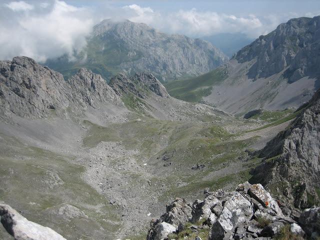 Rutas Montaña Asturias: Joyo Cueva Palacios