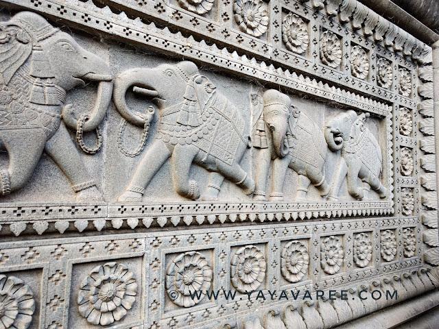 महेश्वर के शिव मंदिर में डिजाइन, Shiv mandir of Maheshwar