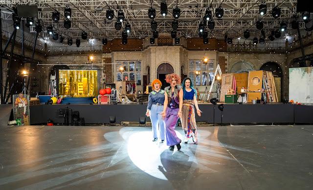 Humperdinck: Hansel & Gretel - Eva Gheorghiu, Fiona Finsbury, Rosalind Dobson - British Youth Opera at Opera Holland Park (Photo Tristram Kenton)