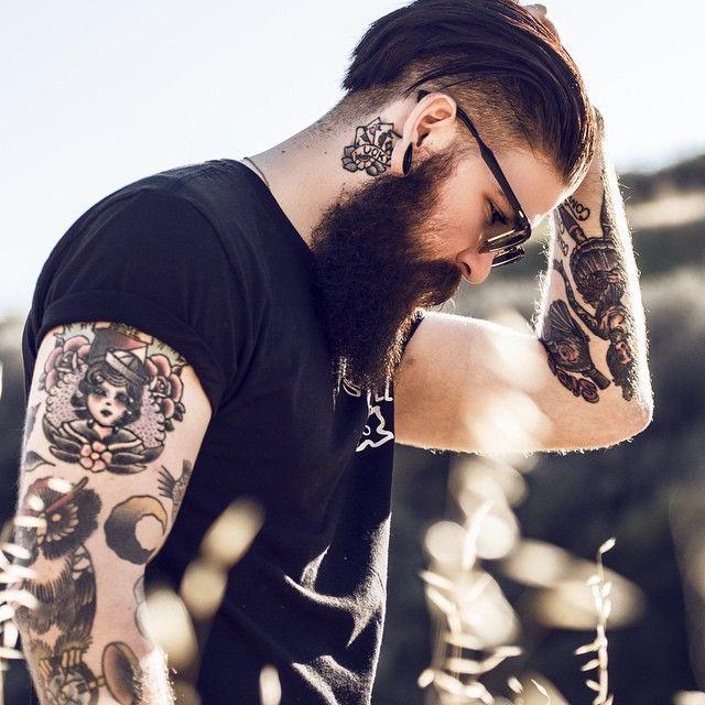 Foto de Tatuaje para hombre en el brazo