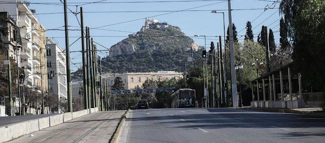 Οι «Ειδικοί» Προτείνουν Μοντέλο Wuhan Για Την Ελλάδα: «Θα Βγαίνει Μόνο Ένας Από Το Σπίτι Και Κάθε 3-4 Μέρες»!