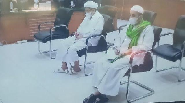 Jaksa Tuntut Habib Rizieq 6 Tahun Penjara, Pengacara: Maling Lebih Dihargai daripada Ulama!