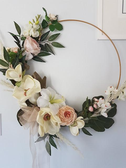 magnolia wreath at the Camellia