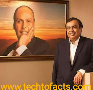 What is the monthly income of Mukesh Ambani?What is the Biography of Mukesh Ambani?