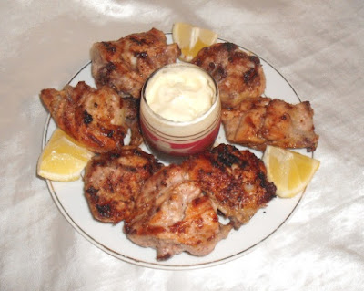 Farrouj Meshwi – Lebanese Garlic Chicken Recipe
