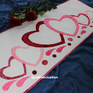 Love-Abounds-Valentine-Heart-Table-Runner-Quilt Pattern