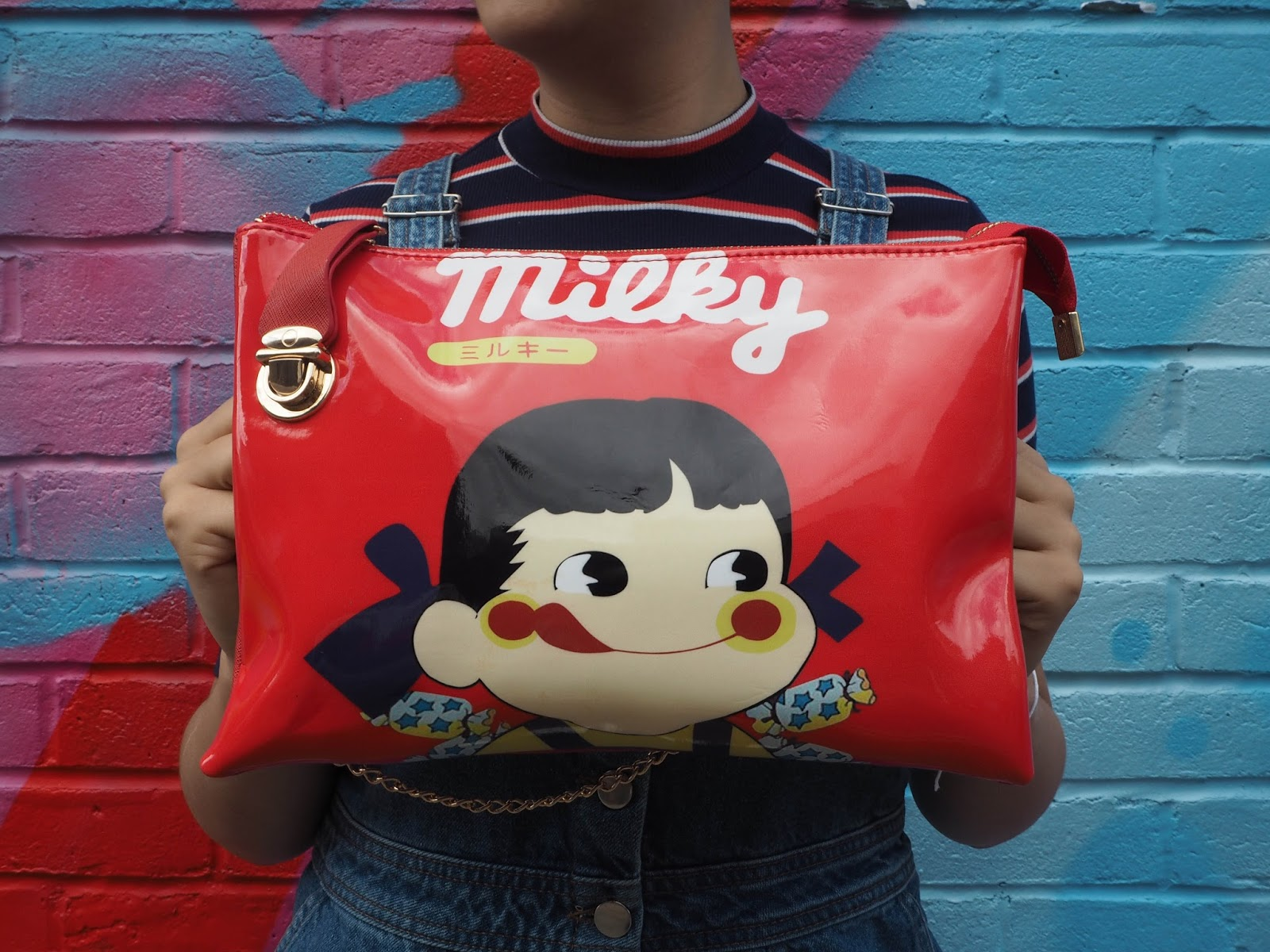 Novelty Milky handbag