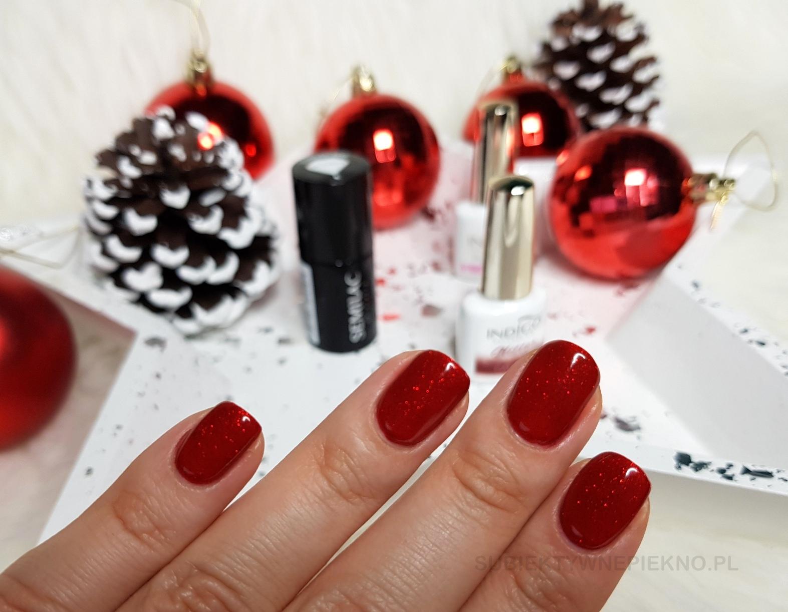 Lakier hybrydowy Indigo Nails Catwalk swatche na paznokciach - piękna czerwień z drobinkami na święta i sylwestra