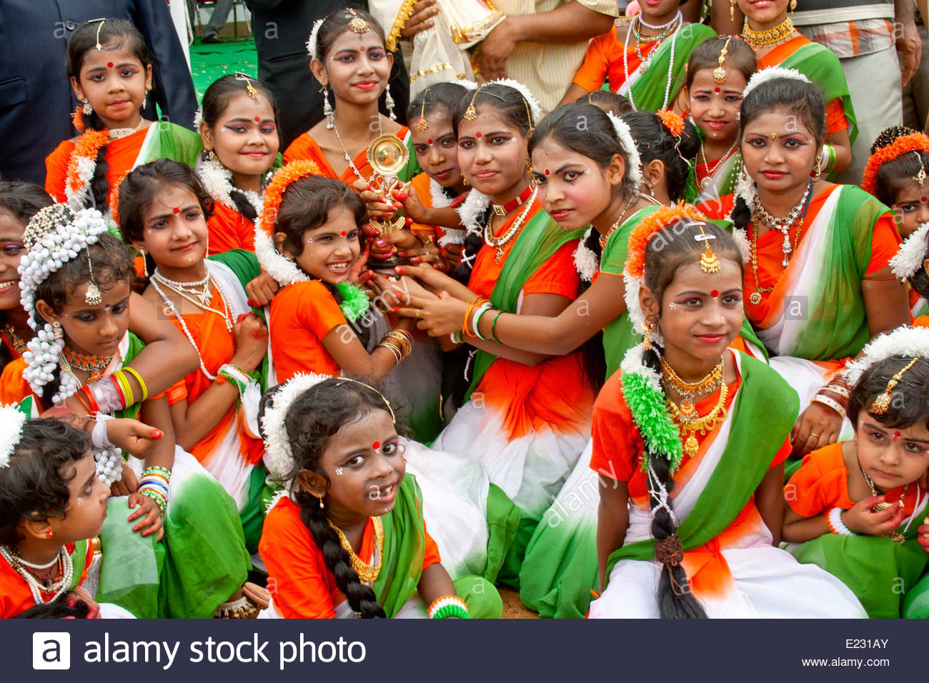 role of tamil females in indian independence Article shared by:  read this article to learn about the women's' movements in india: forms and main national organisations the status of women has been the central concern of many reform movements before and after independence.