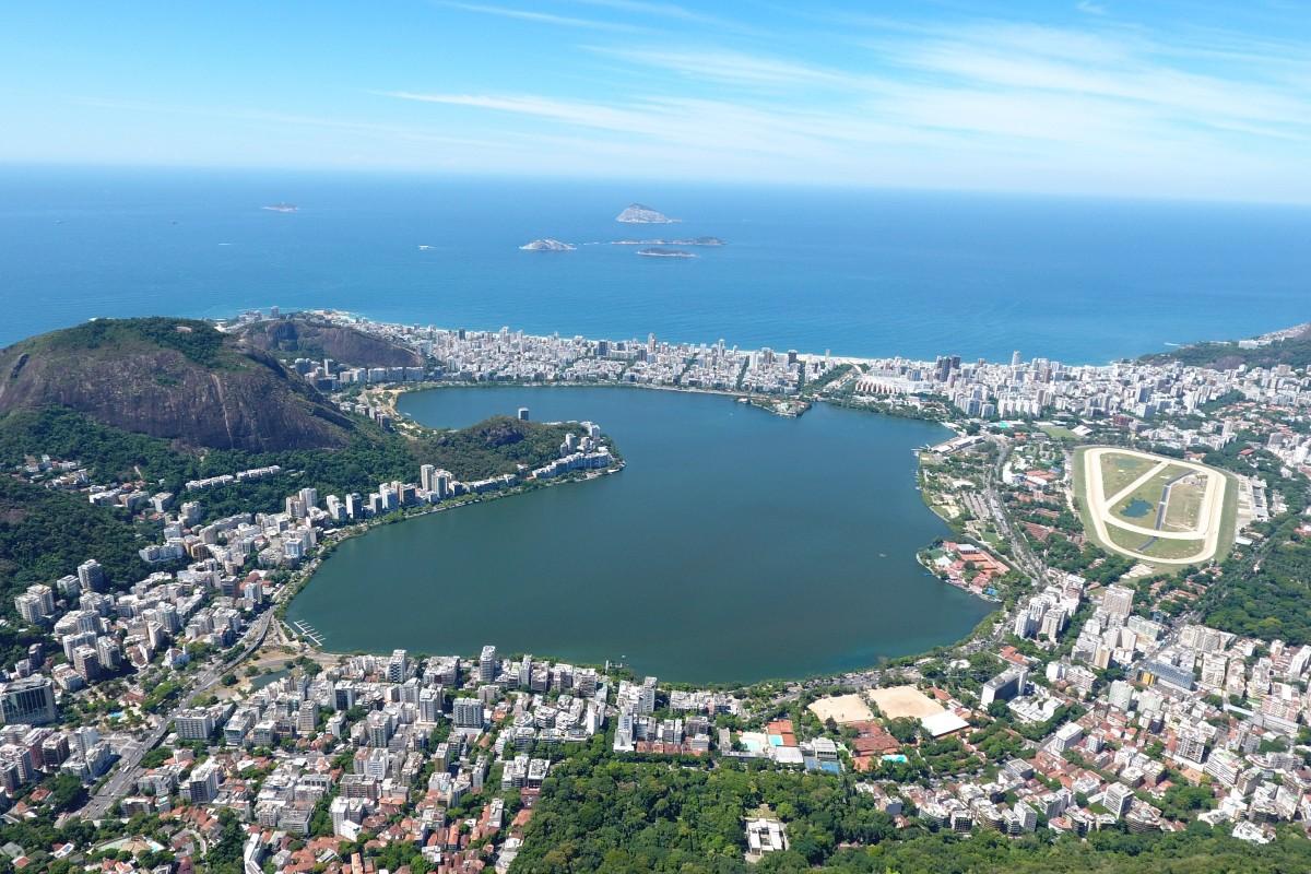 Лагуна Родригу-ди-Фрейтас в Рио де Жанейро