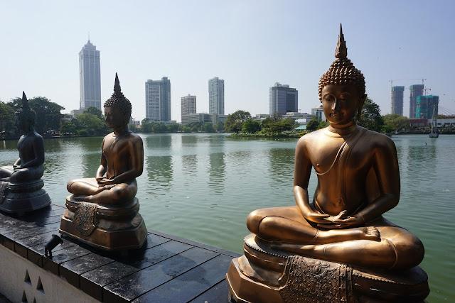 Gdzie spać po przylocie na Sri Lankę? Które miasto wybrać: Negombo czy Colombo - plusy i minusy.