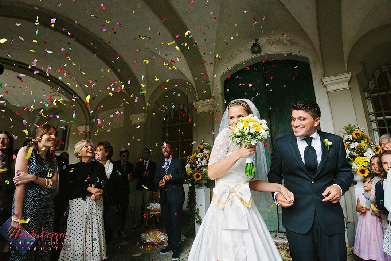 uscita sposi e coriandoli matrimonio a Genova