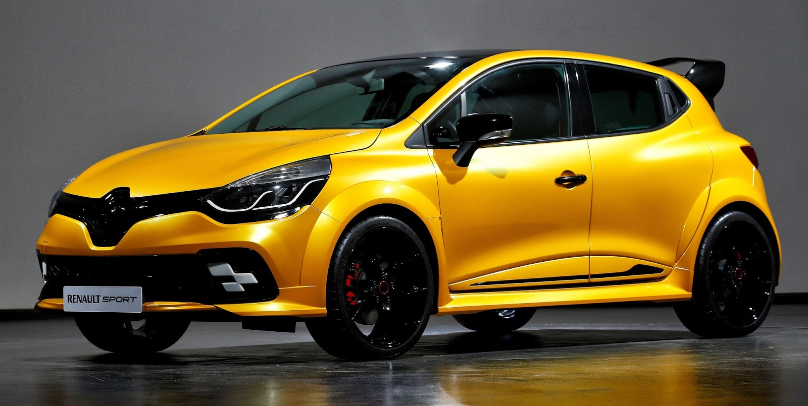 Notícias Ponto Com : Renault Clio R.S. 16: Compacto Sim