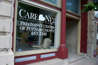 Care Net Store Front