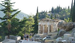 Tesoro de los Atenienses de Delfos.
