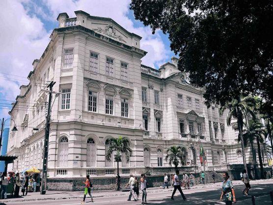 JOÃO PESSOA: Prefeitura paraibana anuncia concurso com mais de mil vagas para 2020.