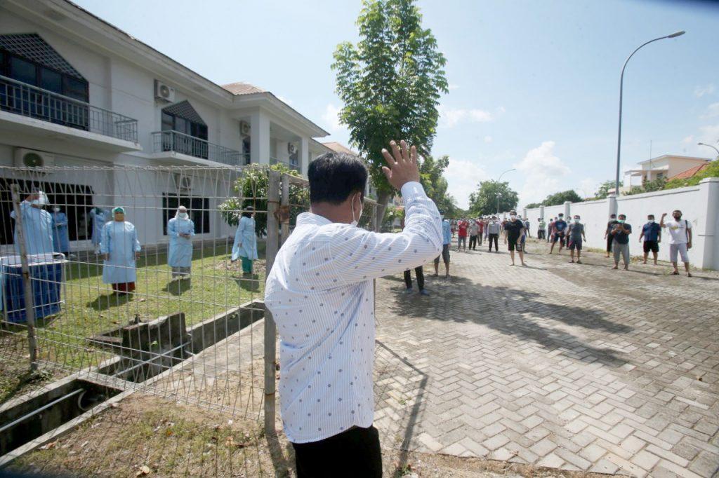 Walikota Batam Meninjau Posko PPKM Mikro dan Lokasi Karantina