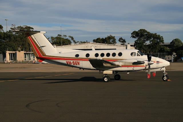 Beechcraft King Air 200 s Barry Seal是誰?電影美國製造(American Made)背後的真實人生