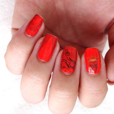 Be A Queen Nail Art