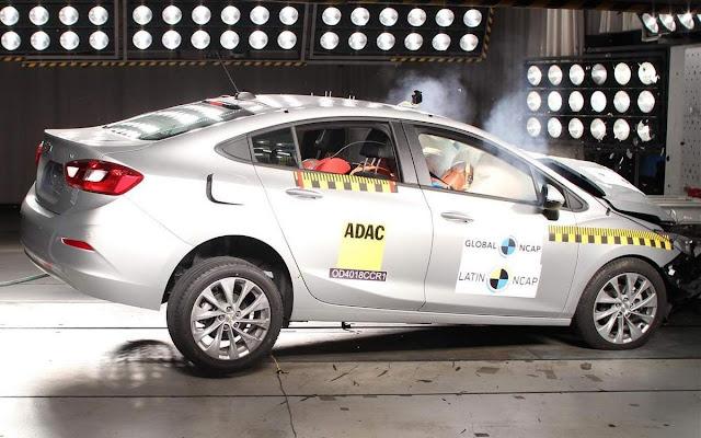 Chevrolet Cruze ganha 9 estrelas no Latin NCAP