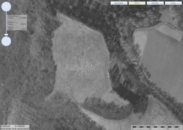 Grodzisko na zdjęciu satelitarnym - geoportal