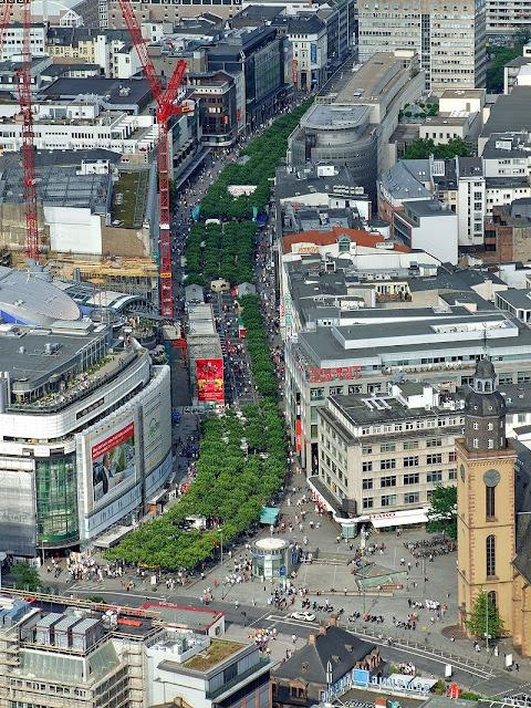Onde comprar souvenir em Frankfurt (Alemanha)? rua Zeil