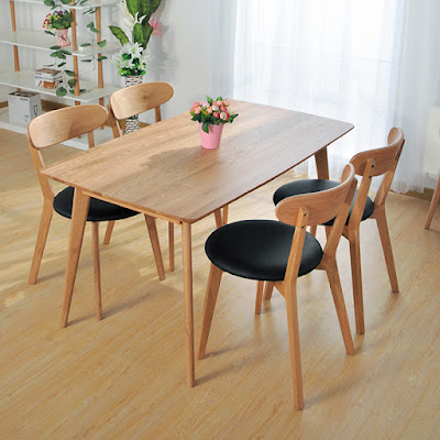 Uniknya Meja Makan Kayu di IKEA