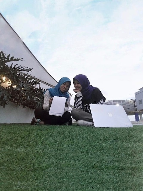 Nipah rooftop