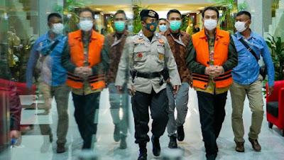 Azis Syamsuddin Ditahan, Mantan Ketua Golkar Lampung Senang