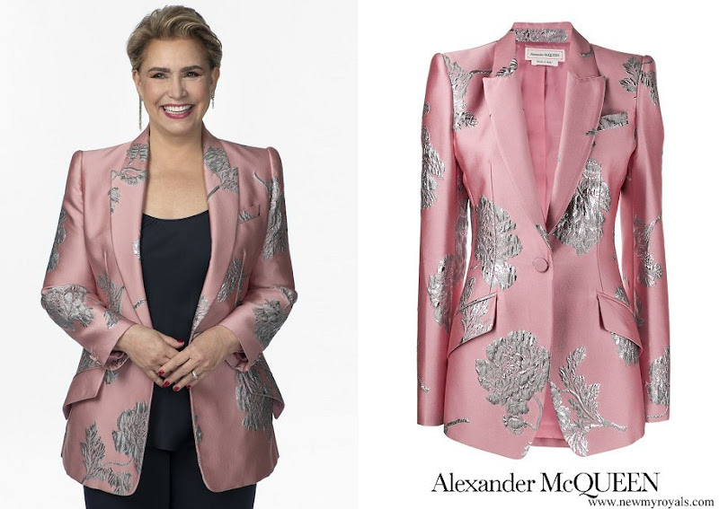 Grand Duchess Maria Teresa wore ALEXANDER MCQUEEN Floral Brocade Blazer In Pink