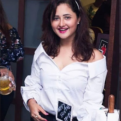 Rashami Desai Wiki Biography, Web Series, Movies, Photos Age, Height and other Details