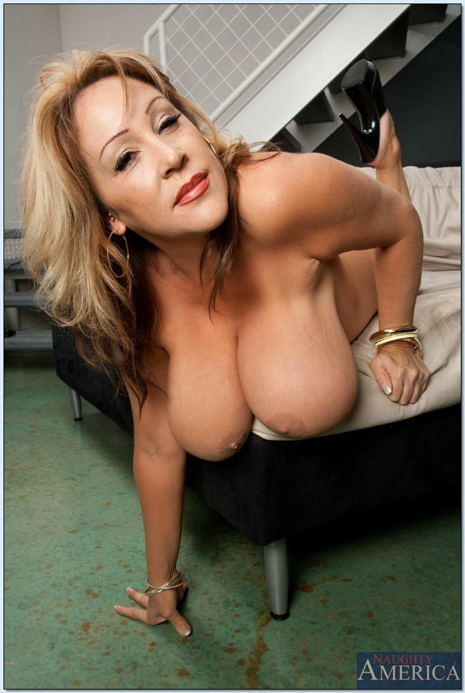 Lisa phillips nude