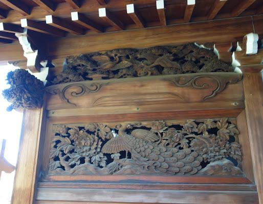 本坊玄関右側面 宮彫り