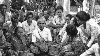 tradisi suku nabusa