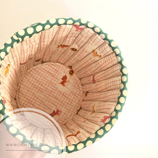 A fun, easy to sew fabric tub by CraftyRie.