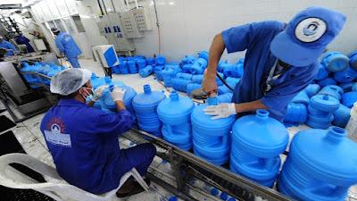 السديس يوجه بتوزيع ماء زمزم على مصابي كورونا