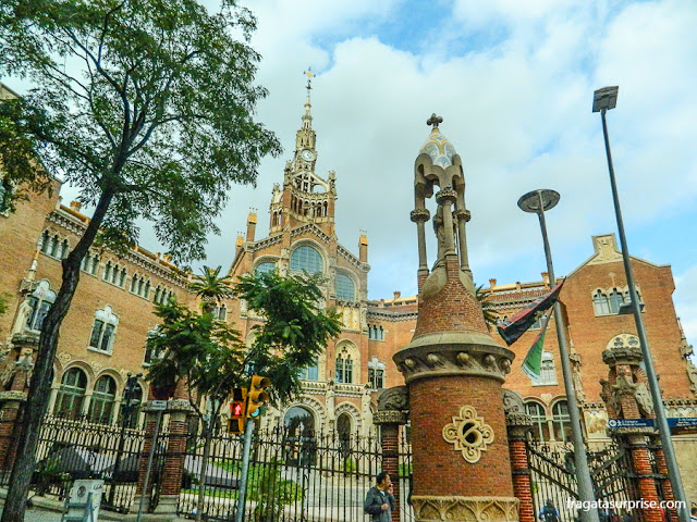 Fachada principal do Hospital Sant Pau, Barcelona