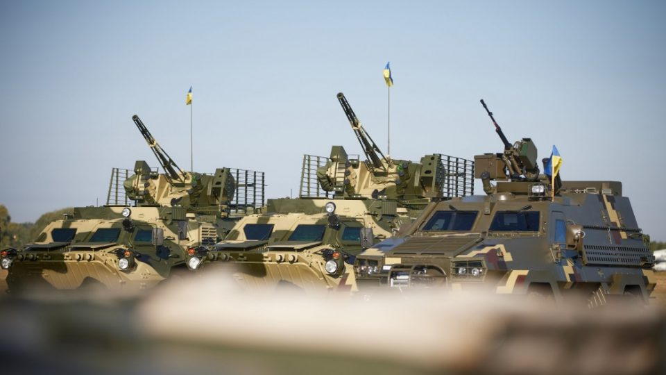 Модернізовані танки і польські БТРи – армія отримала техніку