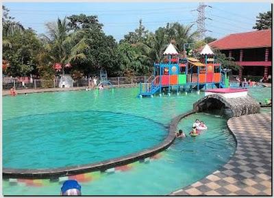 Taman Wisata Pasir Putih Depok Waterpark