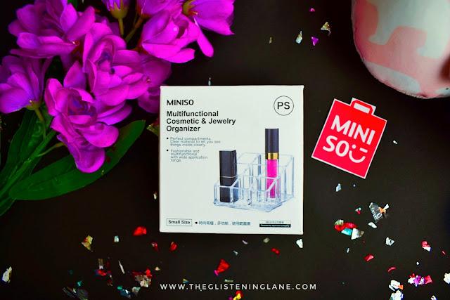 miniso-cosmetics-organizer