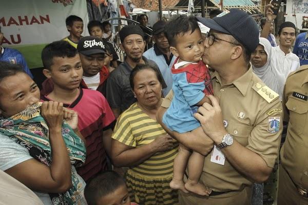 Para Pembela Anies di Kampung Akuarium yang Digusur Ahok